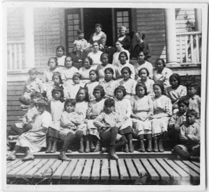 Children and staff of the Elizabeth Long Memorial Home