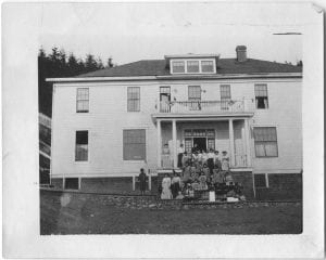 Elizabeth Long Memorial Home, Kitamaat: staff and children